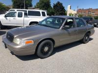 #P114 2006 Ford Crown Vic Police Interceptor