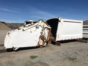 Heil 612-1979 Rear Load Garbage Bed