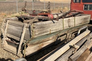 Wagon Bed w/Wagon Axles