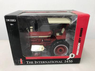 Ertl International 1456 Diesel Tractor - Precision Key Series 8