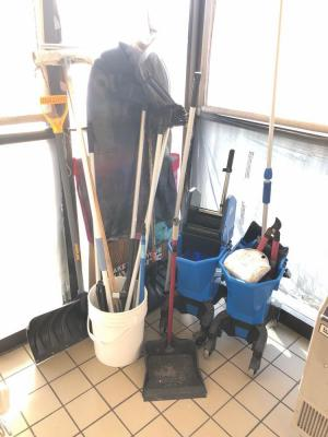 Snow Shovels, Mops and Misc